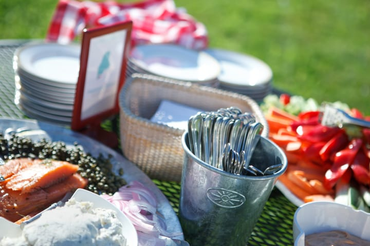 hors d'oeuvres on lawn